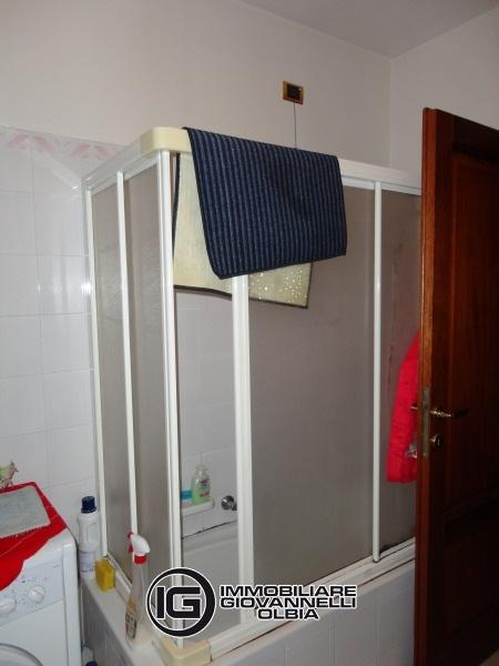 Attici in vendita olbia attico mansardato in via londra for Agenzia immobiliare olbia