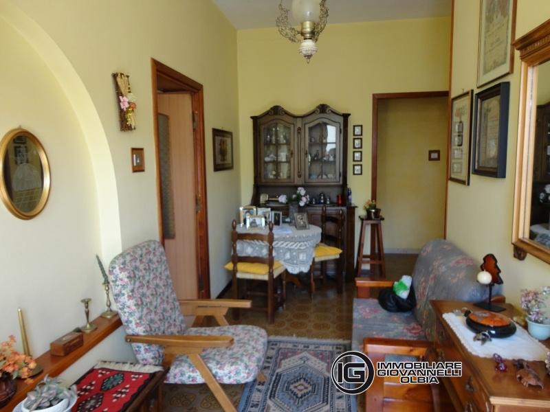 Villa in vendita a Telti, 8 locali, prezzo € 230.000 | Cambio Casa.it