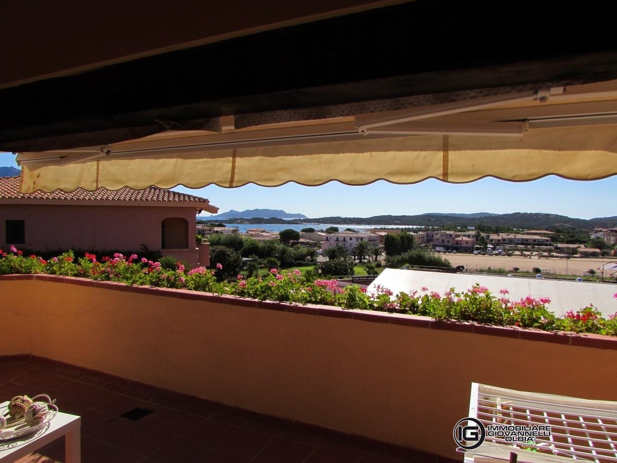 Appartamento in vendita a Loiri Porto San Paolo, 3 locali, prezzo € 250.000 | Cambio Casa.it