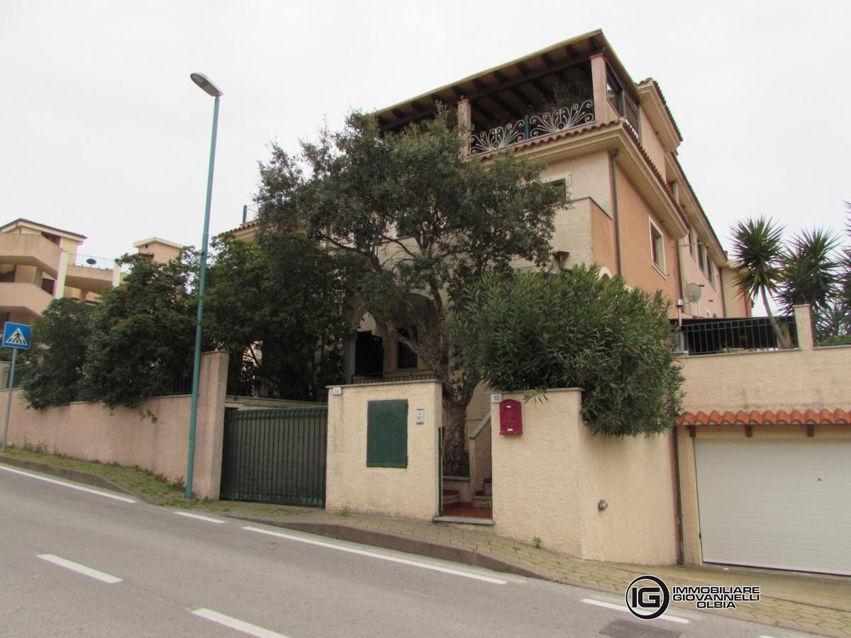 Villa in vendita a Olbia - Porto Rotondo, 4 locali, prezzo € 260.000 | CambioCasa.it