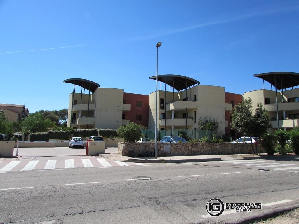 Vendita appartamenti olbia trilocale con ampio giardino - Altezza alberi giardino privato condominio ...